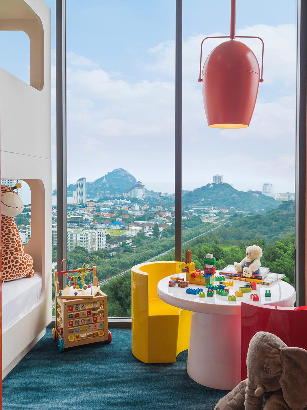 Three Bedroom Suite Disneyland Hotel Layout: Holiday Inn Vana Nava Hua Hin